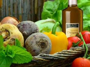 El-aceite-de-oliva-en-la-dieta-mediterranea